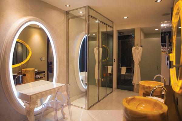 Hotel Mousai Suites